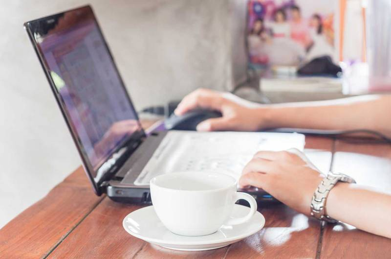 飲食店のホームページ制作会社おすすめ6社比較|選び方のコツと注意点