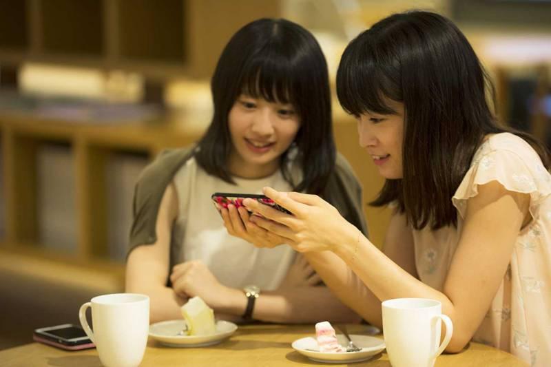 グルメサイト、ユーザーが重視するのは価格帯と口コミ テスティー調べ