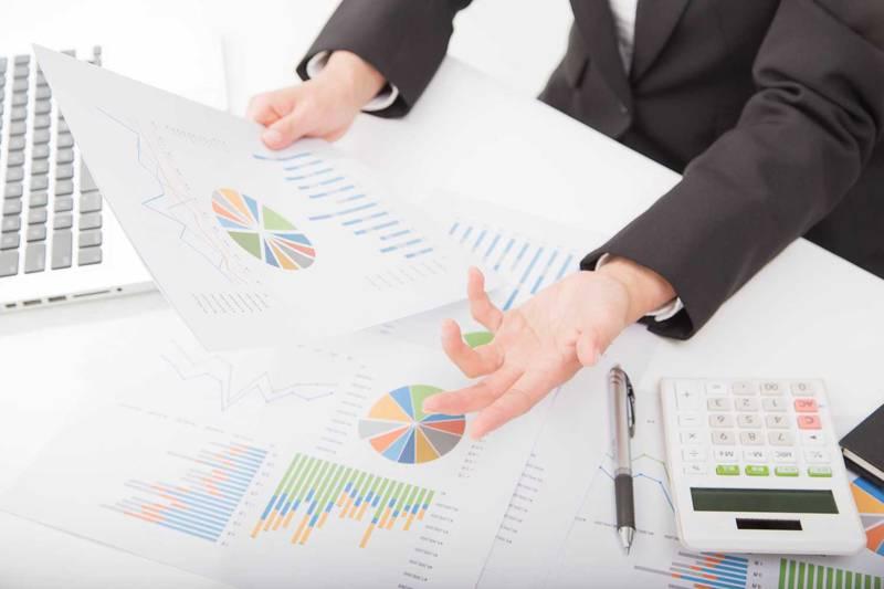 売上管理って何するの?|タイプ別売上管理システムの選び方
