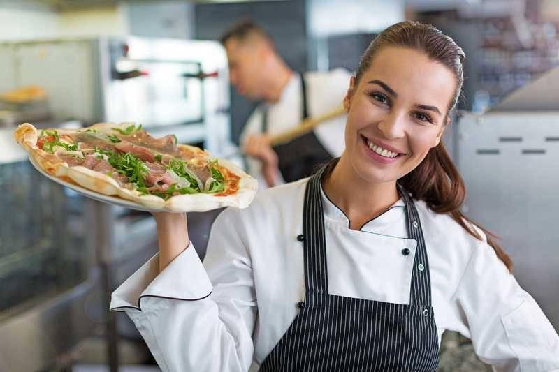 イタリアン業態の社員月給は前年比1,831円増!(PR TIMES)