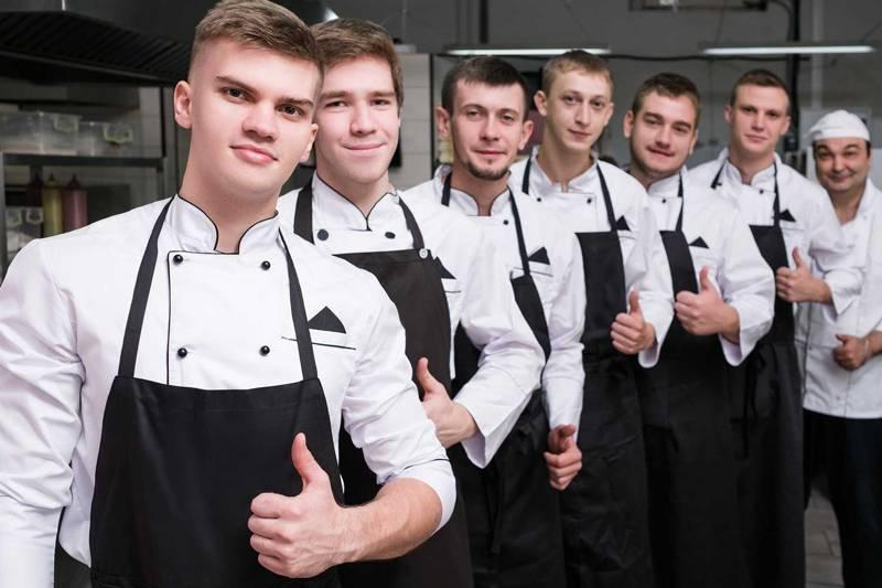 外食で働く外国人労働者のイメージ