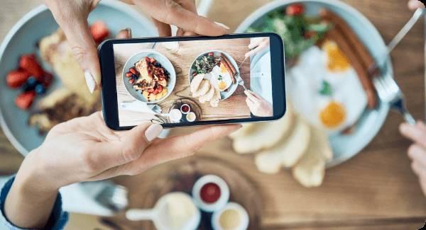 業界初、飲食店に特化したSNS投稿サービス、tags-Restaurant。月々定額制の「映え放題プラン」で、インフルエンサー続々来店。